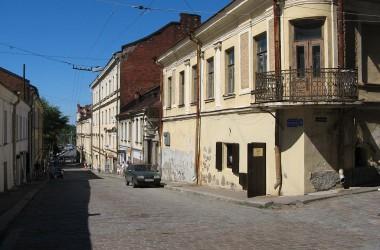1024px-Old_street_Vyborg